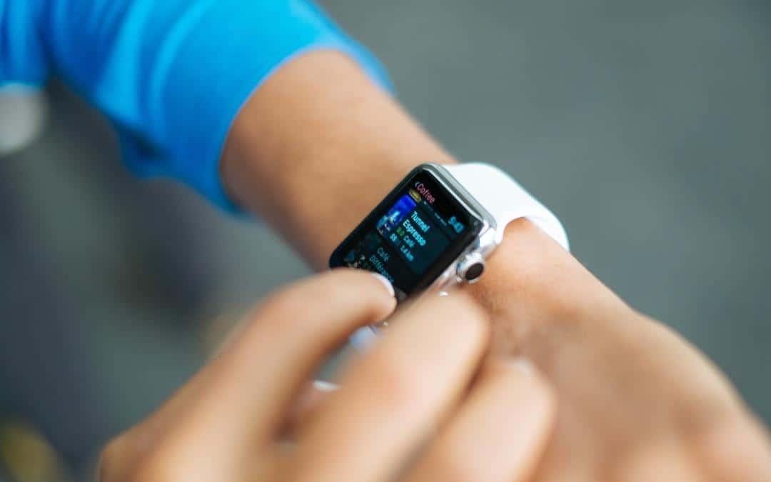 Išmaniųjų laikrodžių programėlių (aplikacijų) kūrimas